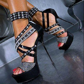 Hot Extraordinary Contrast Color Rhinestone Sandals