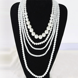 Multi-layers Pure Pearls Decorated Necklace