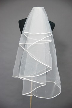 Attractive Satin Edge Wedding Bridal Veil UH81870