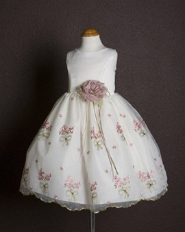 Pretty Ball Gown Round-Neck Tea-length Embroidery Flower Girl Dress