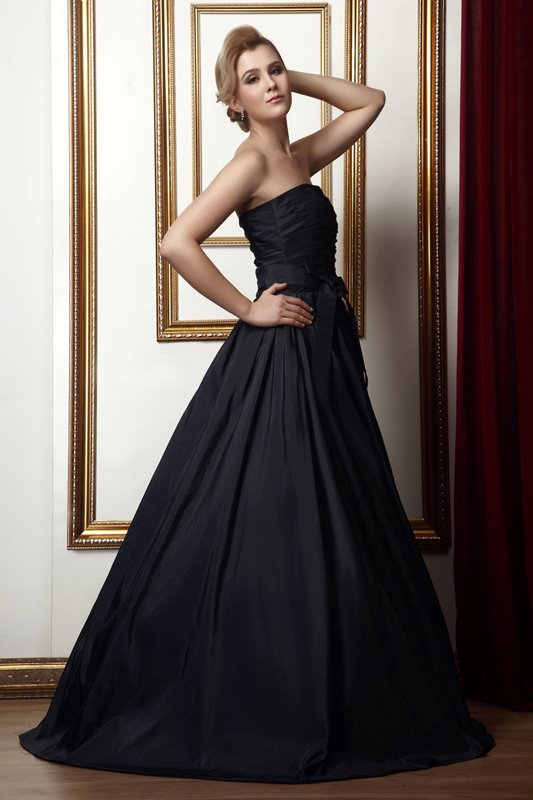 Luxurious A-Line Strapless Floor-length Alina's Prom Dress