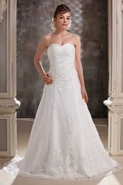 Pretty A-line Sweetheart Appliques SweepTrain Wedding Dress