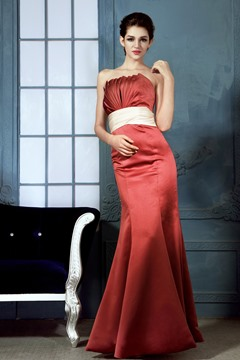Elegant Mermaid Strapless Floor Length Bridesmaid Dress