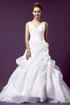 Glorious A-line V-neck Sleeveless Chapel Pleats Sandra's Wedding Dress