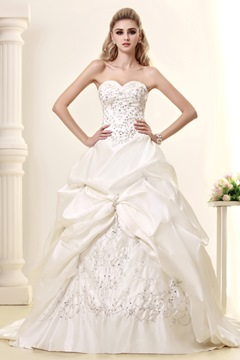 Pretty A-Line Sweetheart Strapless Court Train Embroidery Wedding Dress