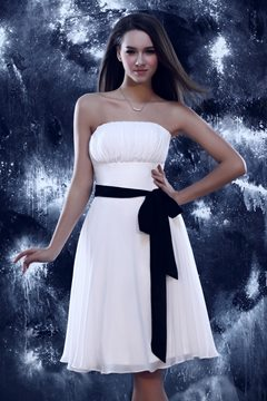 Elegant A-line Mini-length Sandra's Prom/Homecoming Dress
