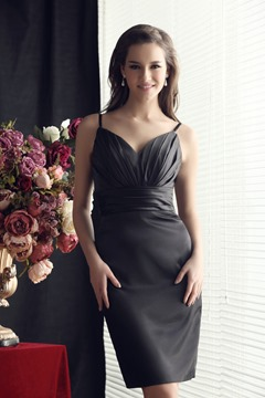 Graceful Pleats Sheath/Column Short/Mini-Length V-neck Sandra's Bridesmaids Dress