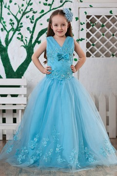 Attractive Ball Gown Ankle-length V-neck Appliques Flower Girl Dress