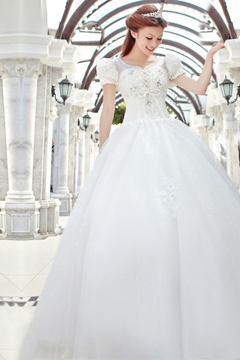 Perfect Princess Scoop Neckline Beading Short Sleeves Wedding Dress