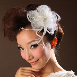Comely White Lace with Feather Bridal Headpieces
