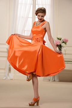 Simple Sashes Knee-Length Spaghetti Strap Bridesmaid Dress
