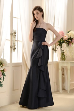Romantic Draped Mermaid/Trumpet Strapless Floor-length Bridesmaid Dress