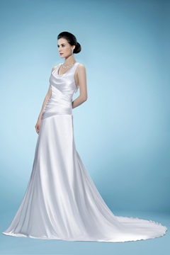 Elegant A-line Sleeveless Appliques Straps Wedding Dress
