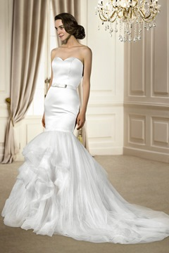 Hot selling Trumpet/Mermaid Sleeveless Sashes/Ribbons Sweetheart Chapel Train Wedding Dress