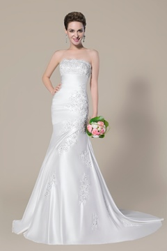 Charming Strapless Beading Applique Lace-Up Court Train Trumpet/Mermaid Wedding Dress
