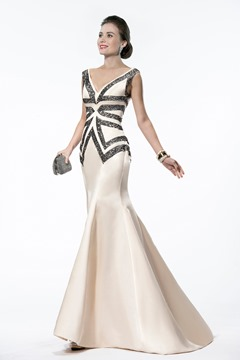 Elegant Mermaid/Trumpet V-Neck Beadings Matt Satin Evening Dress