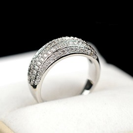 Love Story Exaggeration Luxury Imitation Diamond Ring for Women