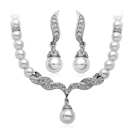 Distinctive Charming Shinning White Pearl Pure Silver Bridal Jewelry Set(Including Necklace&Earrings)