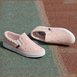 Pretty Shining Polk Dots Lace Embroidery Canvas Shoes