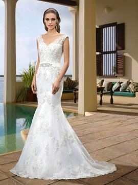 Concise V-Neck Zipper-Up Floor-Length Beading Trumpet/Mermaid Wedding Dresses