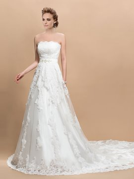 Pretty Appliques Strapless Lace-Up Chapel Train Wedding Dress