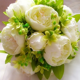 Comely Sphere Shaped White Rose Wedding Bridal Bouquet