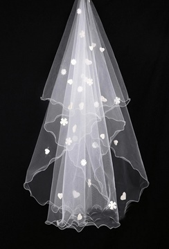 Charming Waltz Tulle Flowers Wedding Brail Veil