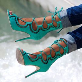 Unique Butterfly Hollowt-Outs Lace-Up Sandals