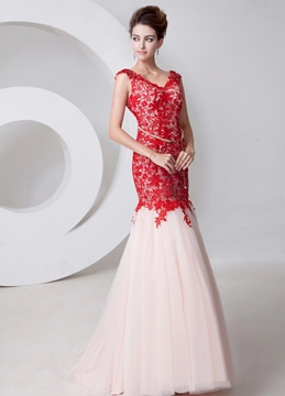 V-Neck Lace Trumpet Beading Evening Dress