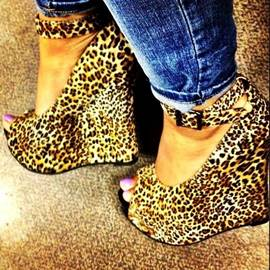 Leopard Peep-toe Wedge Sandals