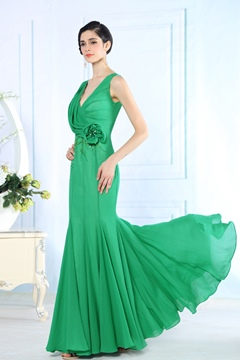 Charming Mermaid Straps V-Neck Beading Flowers Evening Dresses
