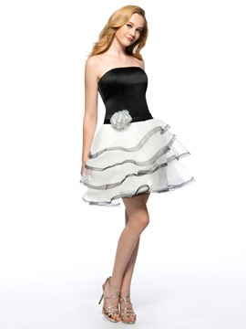 Elegant A-line Strapless Flower Short Ball Gown Homecoming Dress