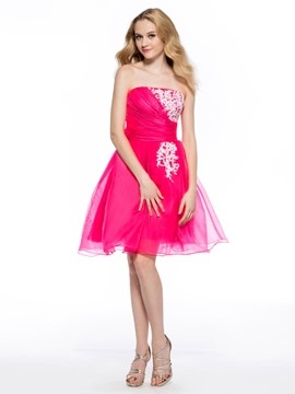 Charming A-Line Strapless Appliques Short Homecoming Dress