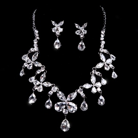 Crystal Clear Exquisite Rhinestone Wedding Jewelry Set(Include Necklace and Earring )