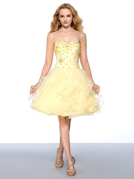 Sweetheart Beading Tiered Lace-up Short Homecoming Dress