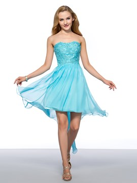 Charming A-Line Strapless Appliques Homecoming Dress