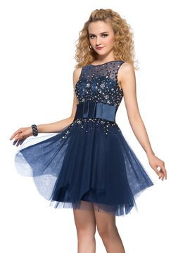 Charming Scoop Neck Beading Belt Short Homecoming Dress