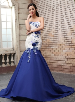 Romantic Mermaid Sweep Train Flowers Applique Evening Gown