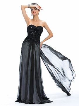 Alluring Sweetheart Appliques Beading Watteau Train Long Evening Dress