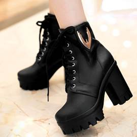 Splendid Round Toe Chunky Heel Lace-Up Short Boots