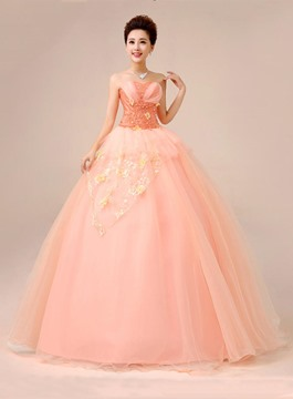 Sweet Appliques Lace-Up Ball Gown Quinceanera Dress