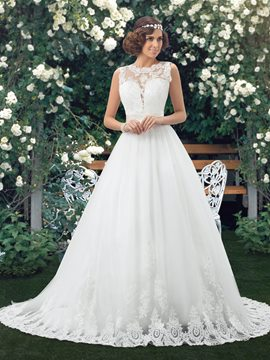 Classy A-line Bateau Neck Lace Court Train Wedding Dress