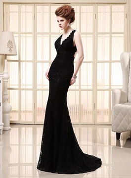 Sexy Sweep Train V-Neck Lace Evening Dress