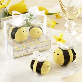 Adorable Wedding Favor Bee Seasoning Pot