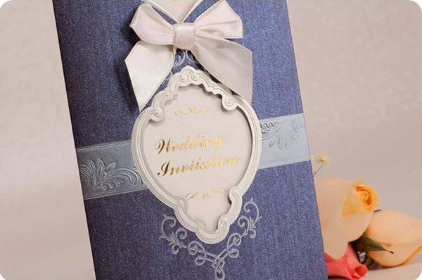 Personalized Bowknot Wedding Invitation (20 Pieces One Set)