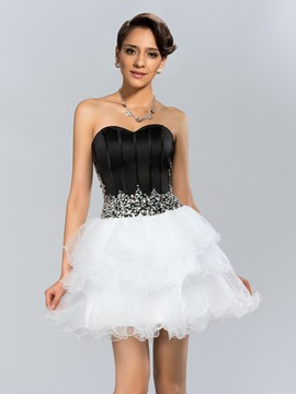 Sexy A-Line Sweetheart Crystal Tiered Short Cocktail Dress