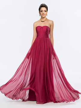 Graceful Sweetheart Floor-Length Ruched Evening Dress