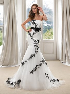Modern Strapless Embroidery Flowers Mermaid Court Train Wedding Dress