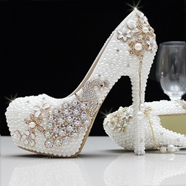 Round Toe Pearl High Heel Wedding Shoes