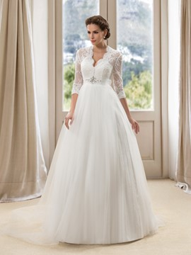 Gorgerous 3/4 Long Sleeves Appliques A-Line Wedding Dress